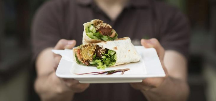 How Online Ordering System for Restaurants Can Lure Your Customers?